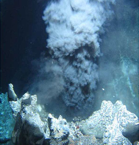 Black Smoker in the Endeavour Hydrothermal vents offshore from British Columbia