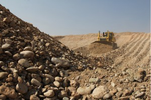 Saxendrift Mine, Liberating and Stacking the gravels - Photo from Rockwell Diamonds