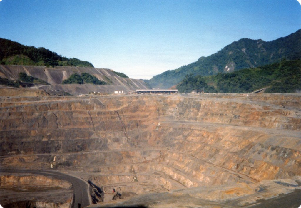 Bougainville Copper Ltd, Papua New Guinea looking across the pit - 1986